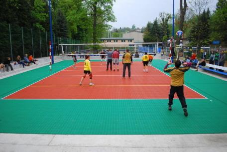 Volleyball-Feld aus Sportboden-System